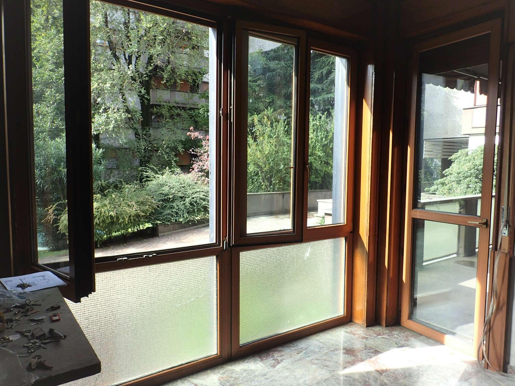 Appartamento in Vendita a Milano 09 Ceresio / Procaccini / Foro Bonaparte: 4 locali, 135 mq