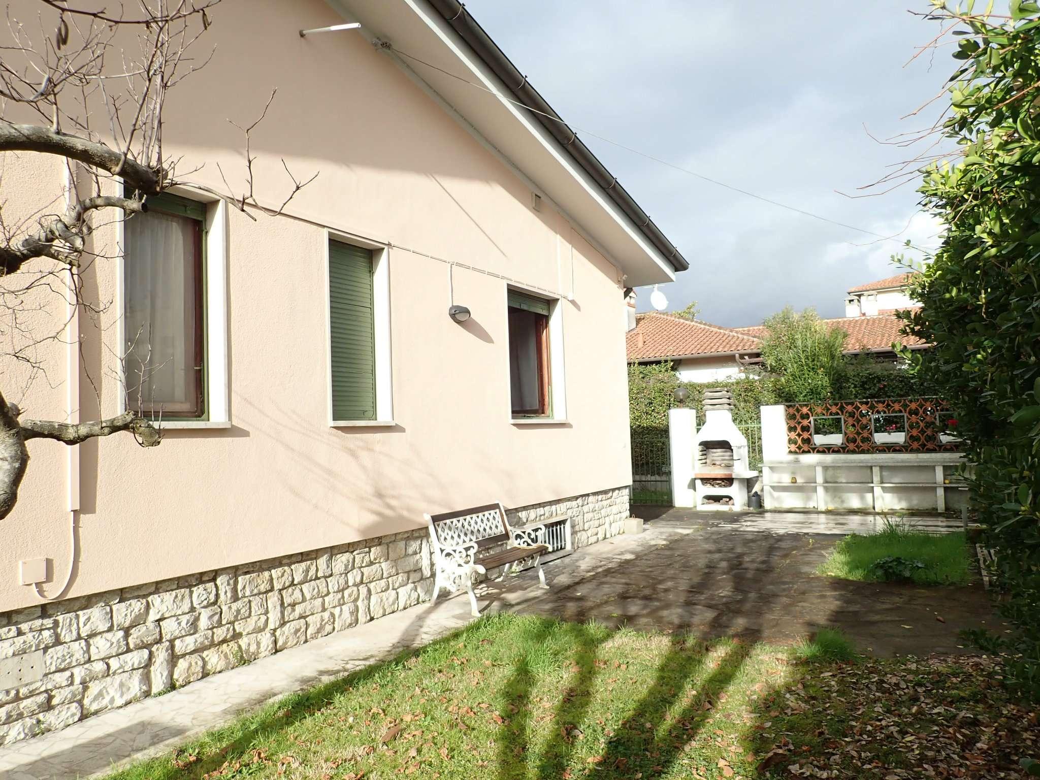 Villa in Vendita a Forte Dei Marmi: 5 locali, 200 mq - Foto 4