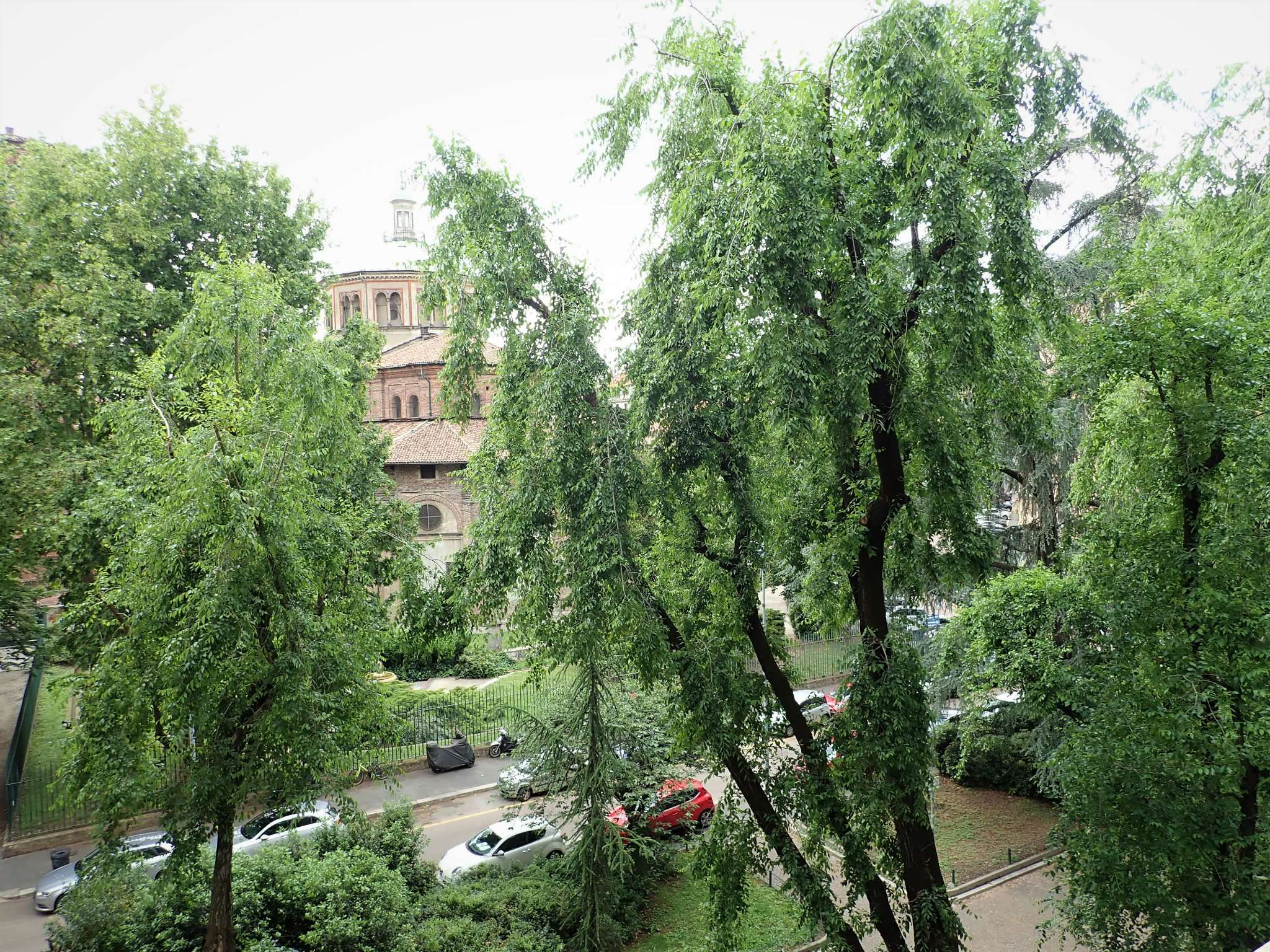 Appartamento in Vendita a Milano via vigoni