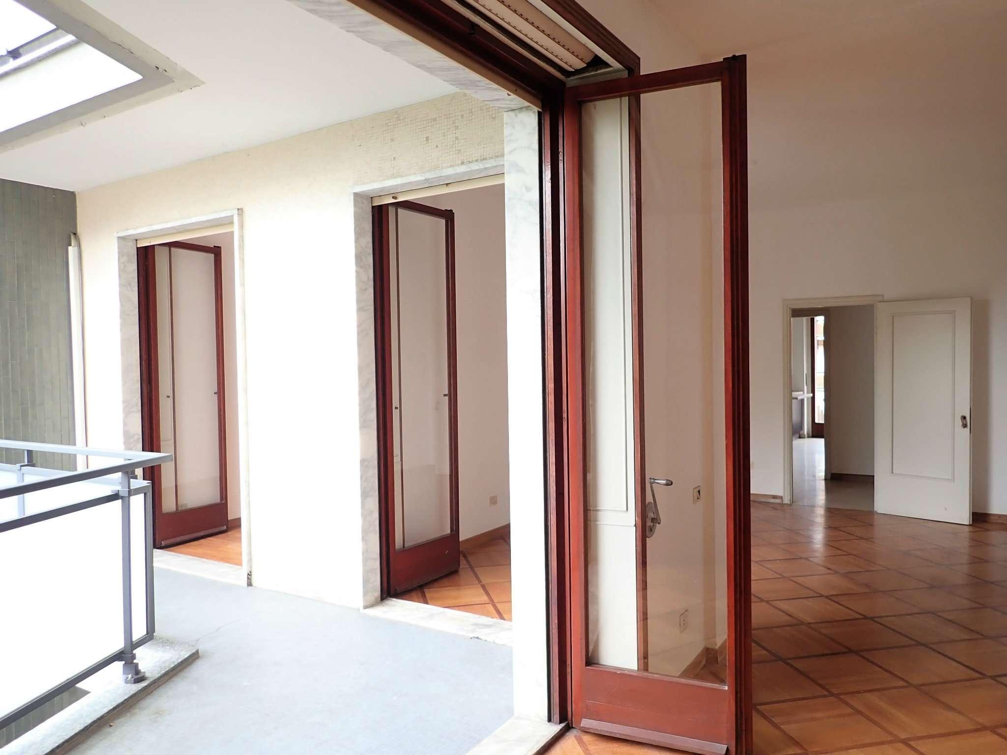 Appartamento in Vendita a Milano: 5 locali, 200 mq - Foto 12