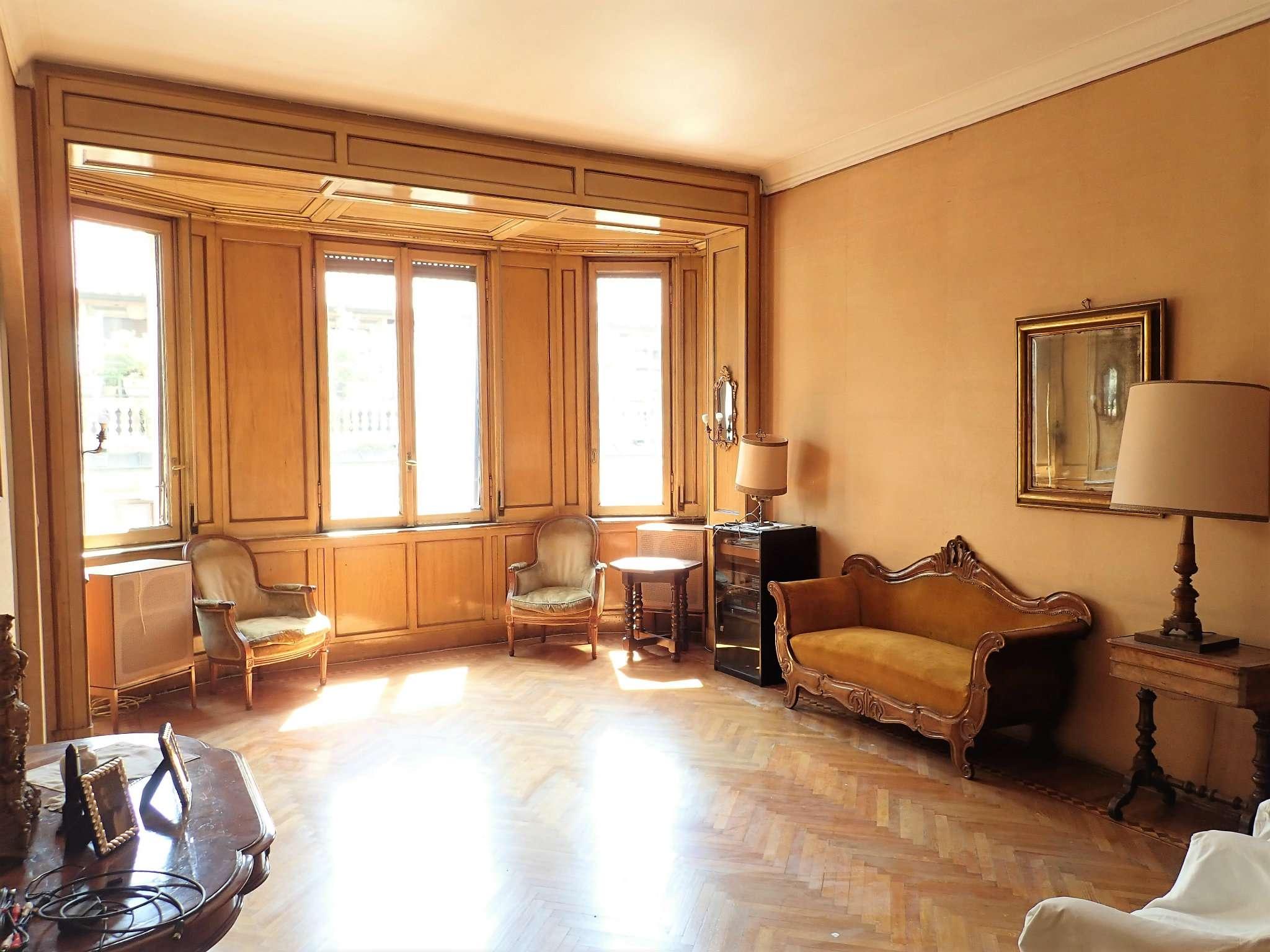 Appartamento in Vendita a Milano: 5 locali, 180 mq - Foto 2
