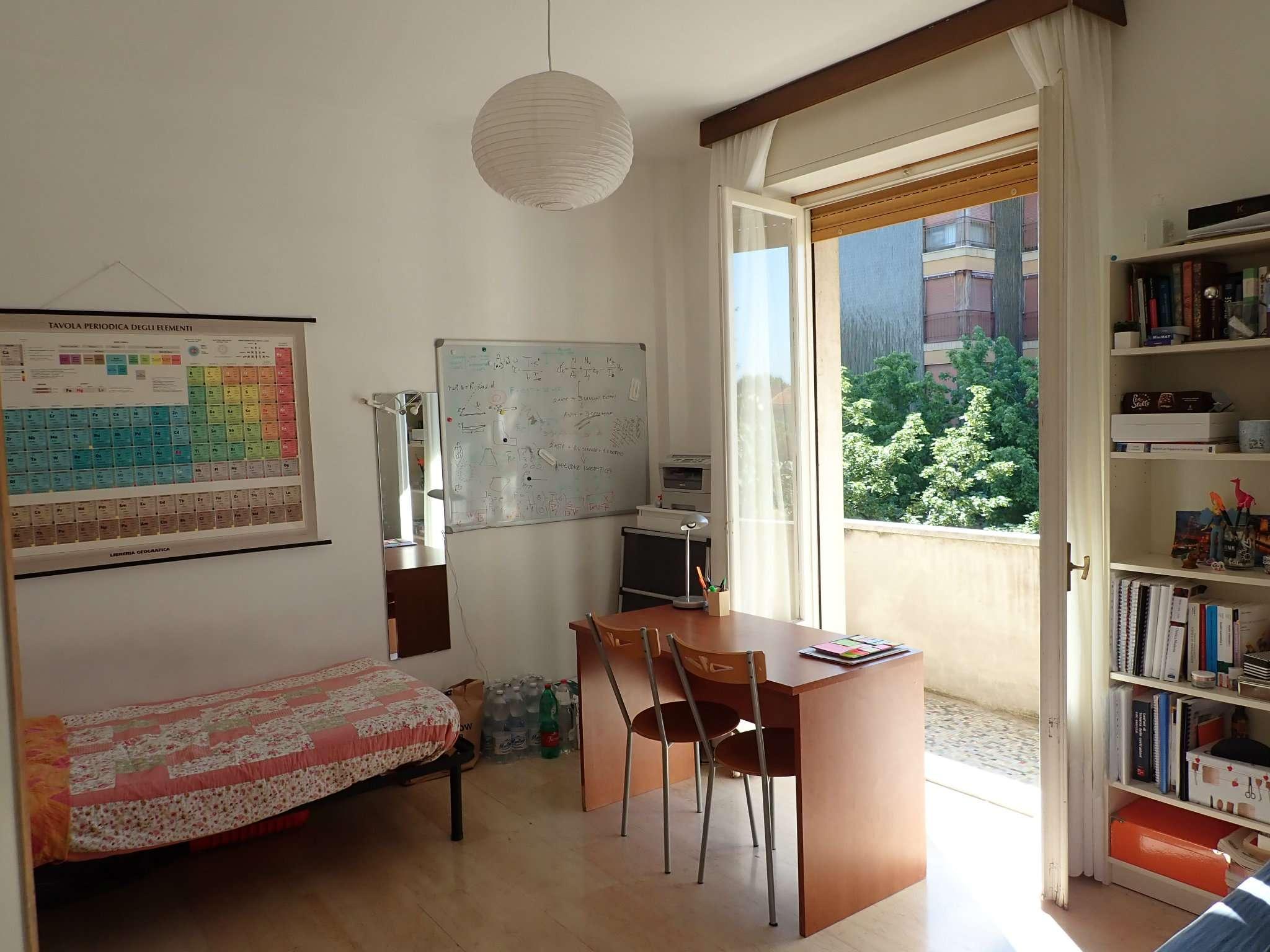 Appartamento in Vendita a Milano 14 Tibaldi / Cermenate / Antonini / Ortles / Bonomelli: 3 locali, 80 mq