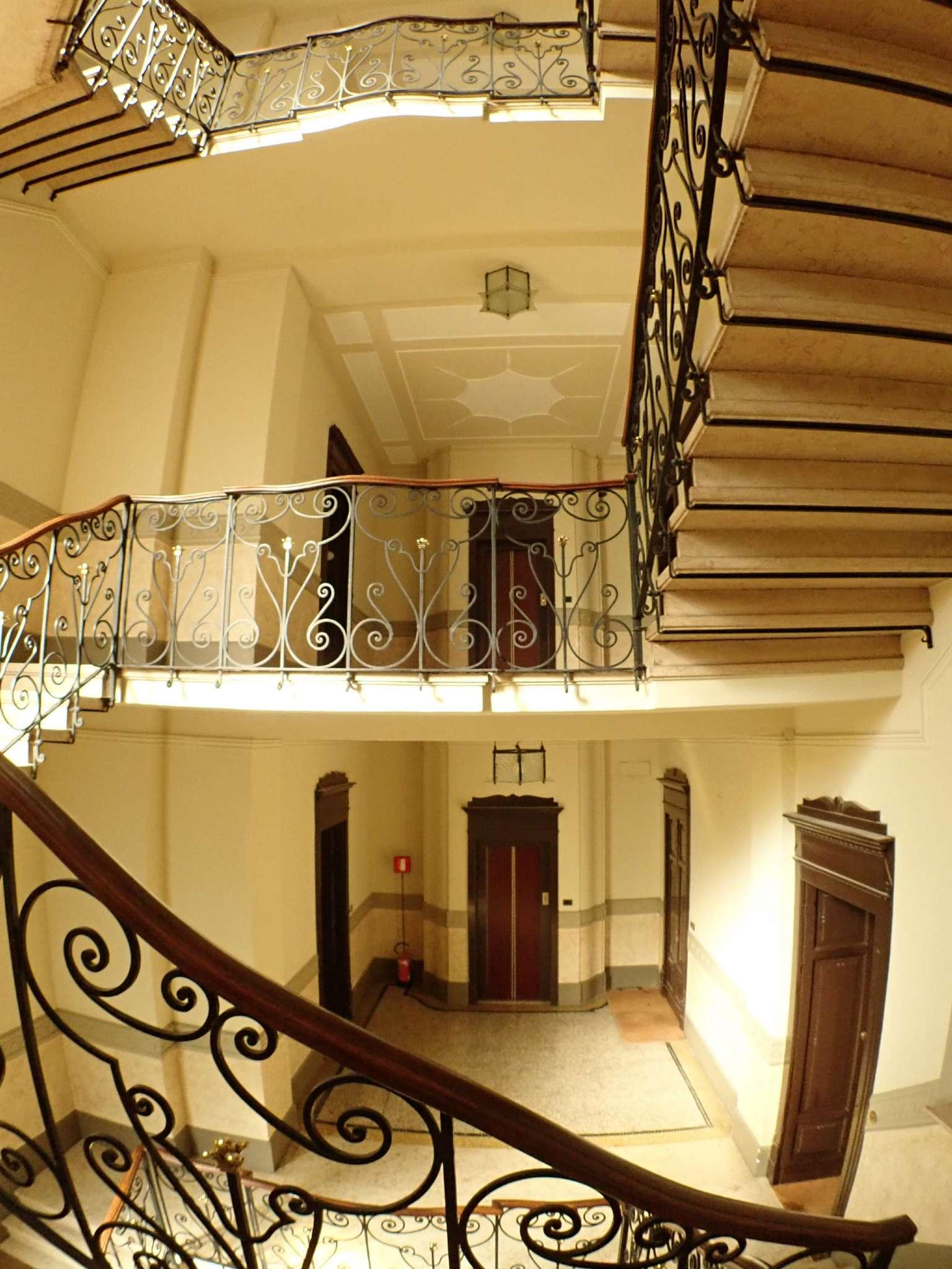 Appartamento in Vendita a Milano: 5 locali, 235 mq - Foto 4