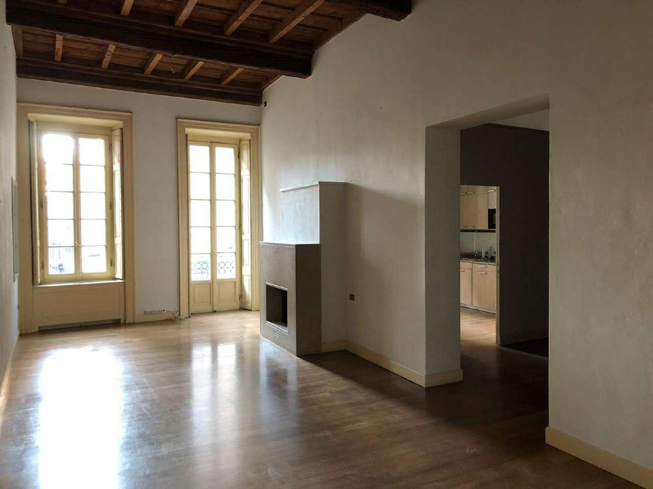Appartamento in Affitto a Milano 06 Italia / Porta Romana / Bocconi / Lodi: 5 locali, 160 mq