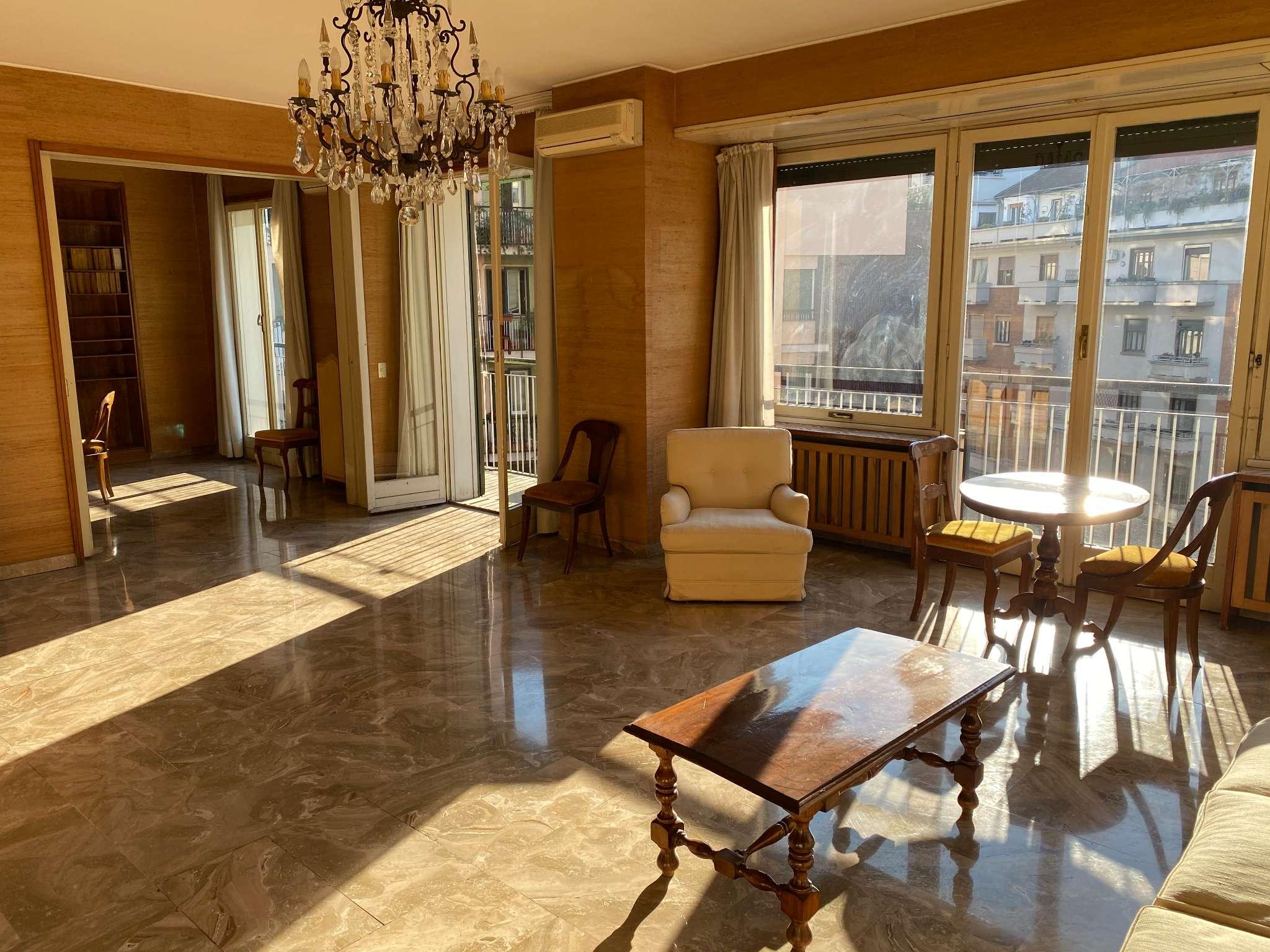 Appartamento in Vendita a Milano via baldissera