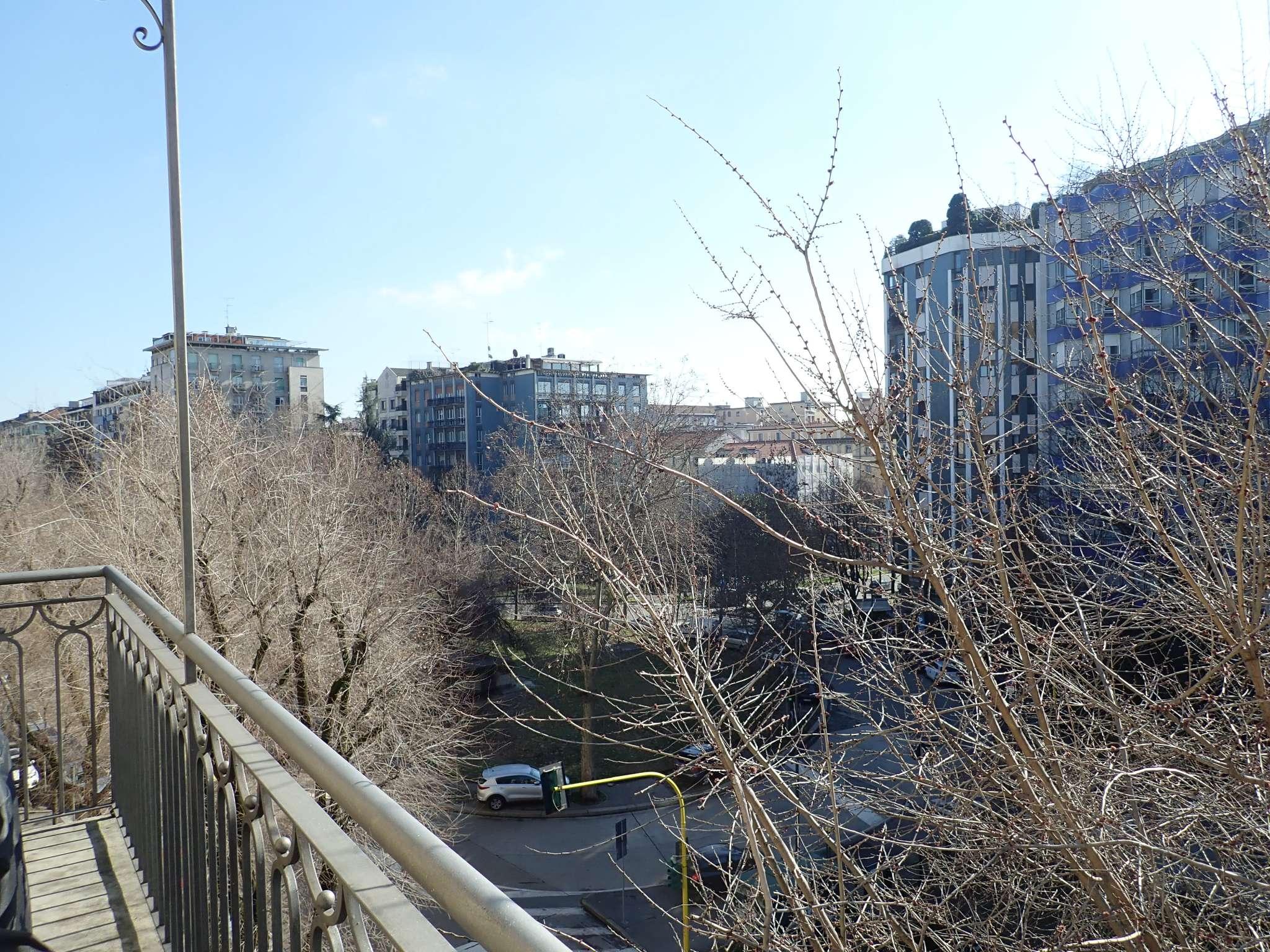 Appartamento in Vendita a Milano: 4 locali, 140 mq - Foto 19