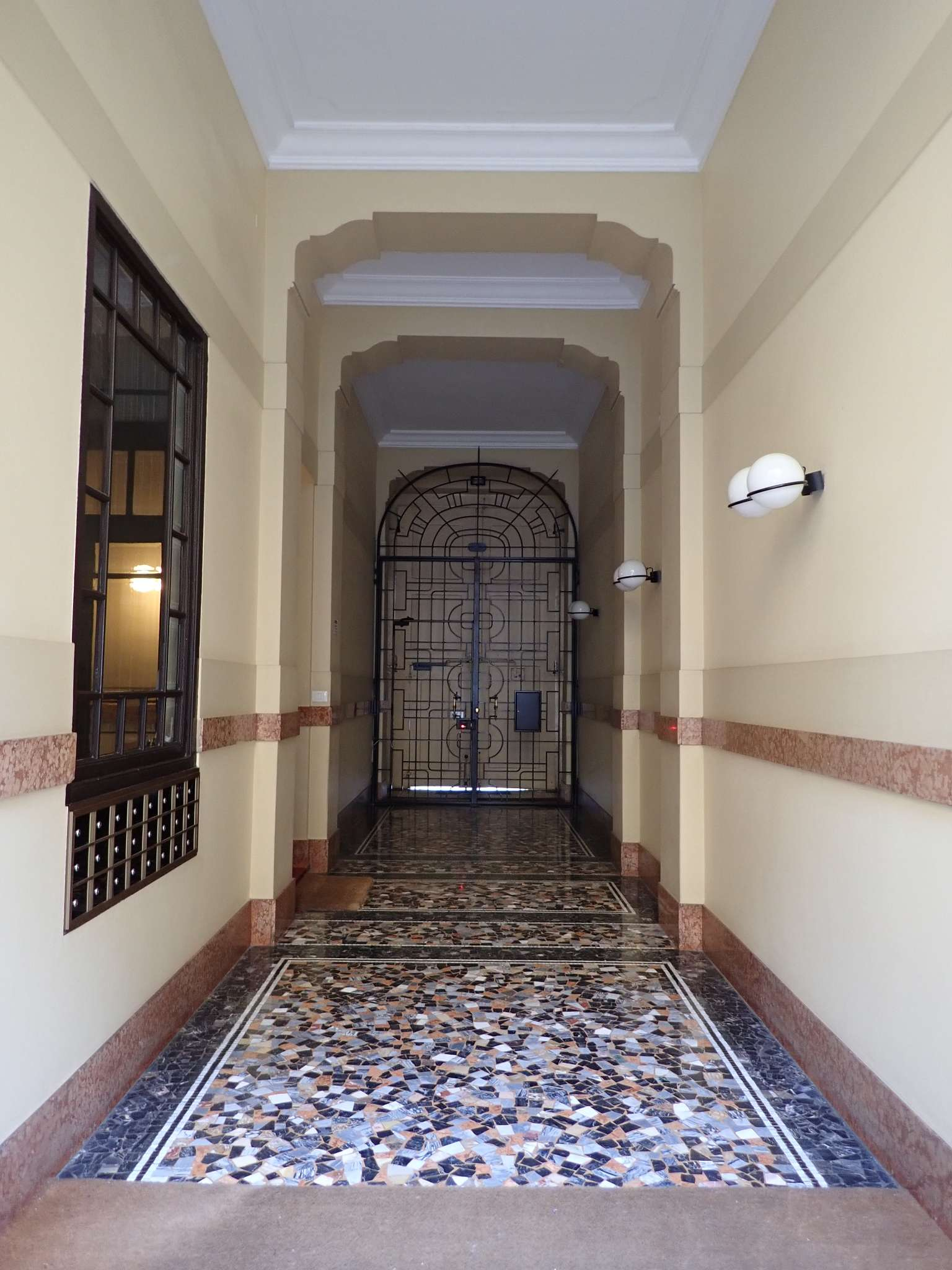Appartamento in Vendita a Milano: 2 locali, 60 mq - Foto 11