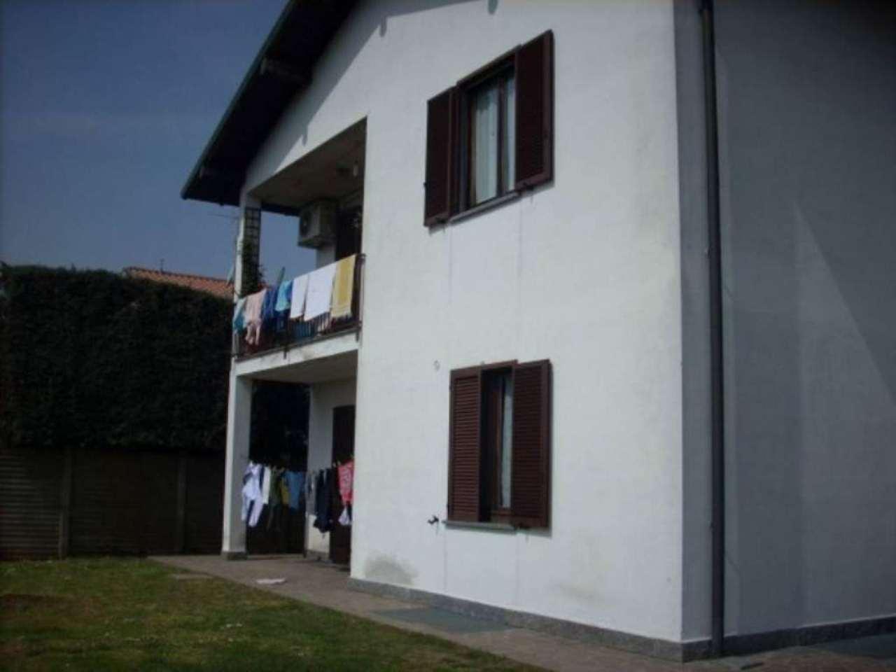 Villa in vendita a Cuggiono, 6 locali, prezzo € 450.000 | Cambio Casa.it