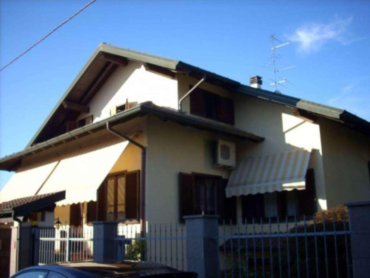 Villa in vendita a Castano Primo, 6 locali, prezzo € 349.000 | CambioCasa.it
