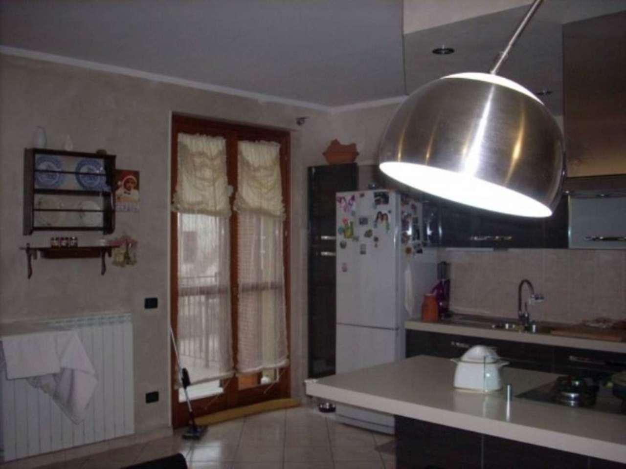 Appartamento in vendita a Corbetta, 3 locali, prezzo € 198.000 | Cambio Casa.it