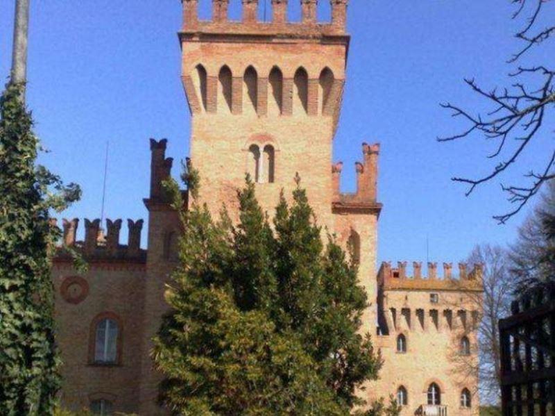 Palazzo / Stabile in vendita a Lugo, 6 locali, prezzo € 6.000.000 | Cambio Casa.it