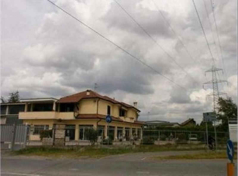 Negozio / Locale in vendita a Canegrate, 6 locali, prezzo € 540.000 | CambioCasa.it