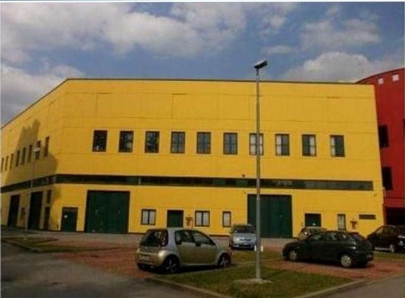 Laboratorio in vendita a Cernusco sul Naviglio, 6 locali, prezzo € 391.000 | Cambio Casa.it