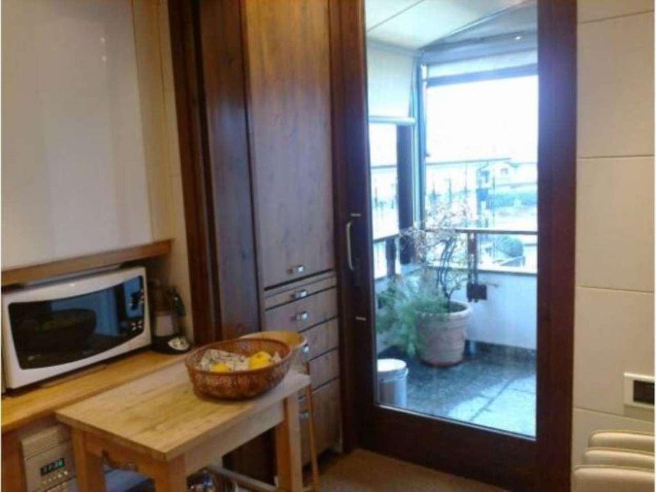 Attico / Mansarda in vendita a Baveno, 4 locali, prezzo € 500.000 | Cambio Casa.it