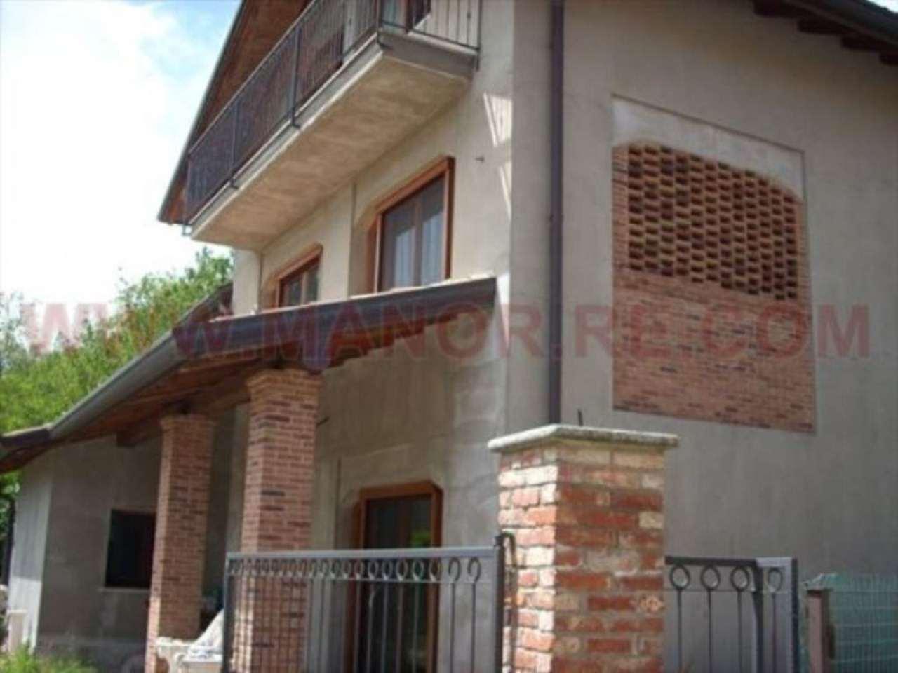 Villa in vendita a Gornate-Olona, 5 locali, prezzo € 520.000 | CambioCasa.it