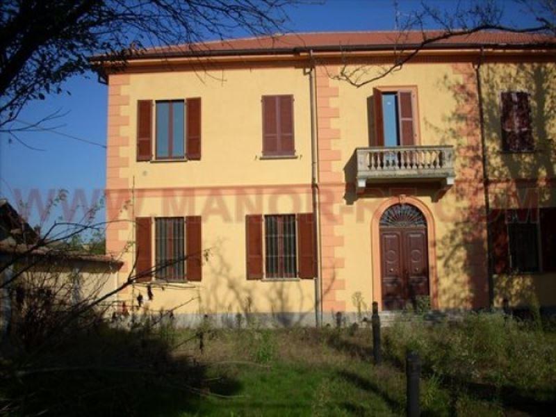 Appartamento in vendita a Lomello, 5 locali, prezzo € 200.000 | Cambio Casa.it