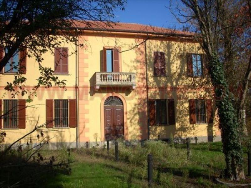 Appartamento in vendita a Lomello, 4 locali, prezzo € 160.000 | Cambio Casa.it