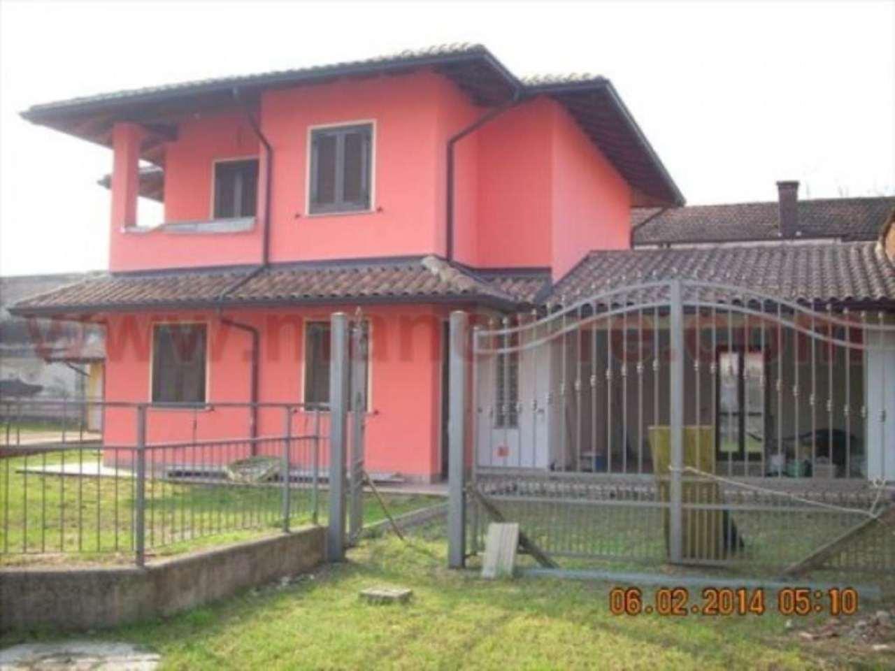 Villa in vendita a Cressa, 4 locali, prezzo € 240.000 | CambioCasa.it