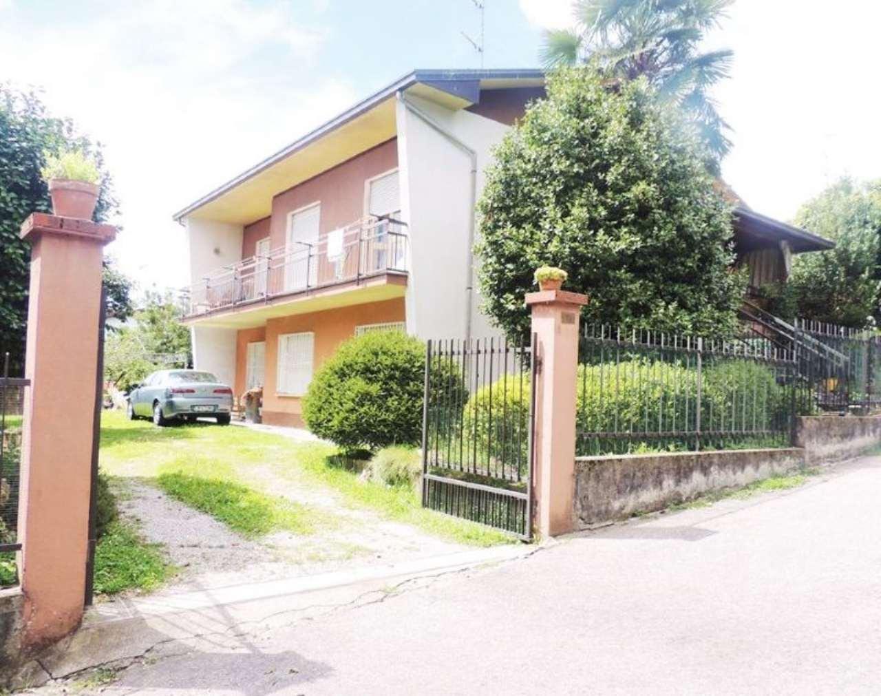 Palazzo / Stabile in vendita a Sesto Calende, 6 locali, prezzo € 285.000 | Cambio Casa.it