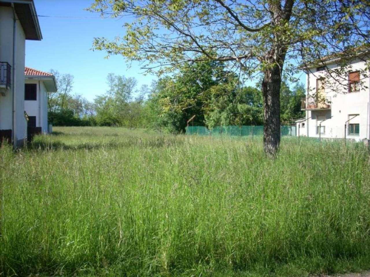 Terreno Edificabile Residenziale in Vendita a Fontaneto d'Agogna