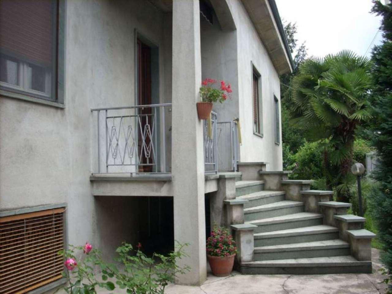 Villa in vendita a Marnate, 9999 locali, Trattative riservate | Cambio Casa.it