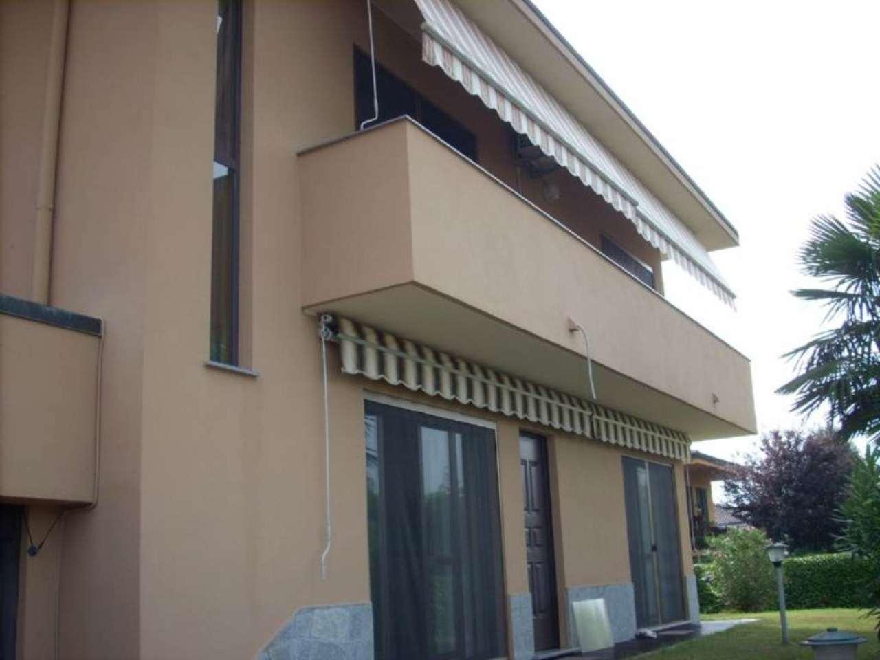 Villa in vendita a Turbigo, 4 locali, prezzo € 240.000 | Cambio Casa.it