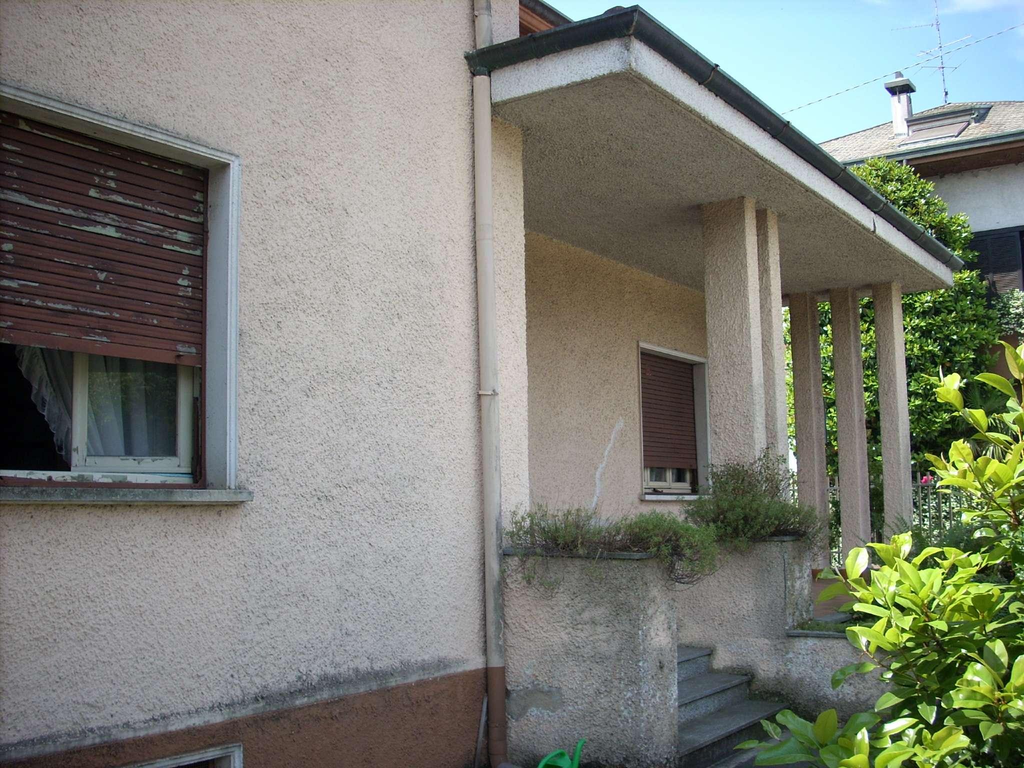 Villa in vendita a Magnago, 5 locali, prezzo € 245.000 | CambioCasa.it