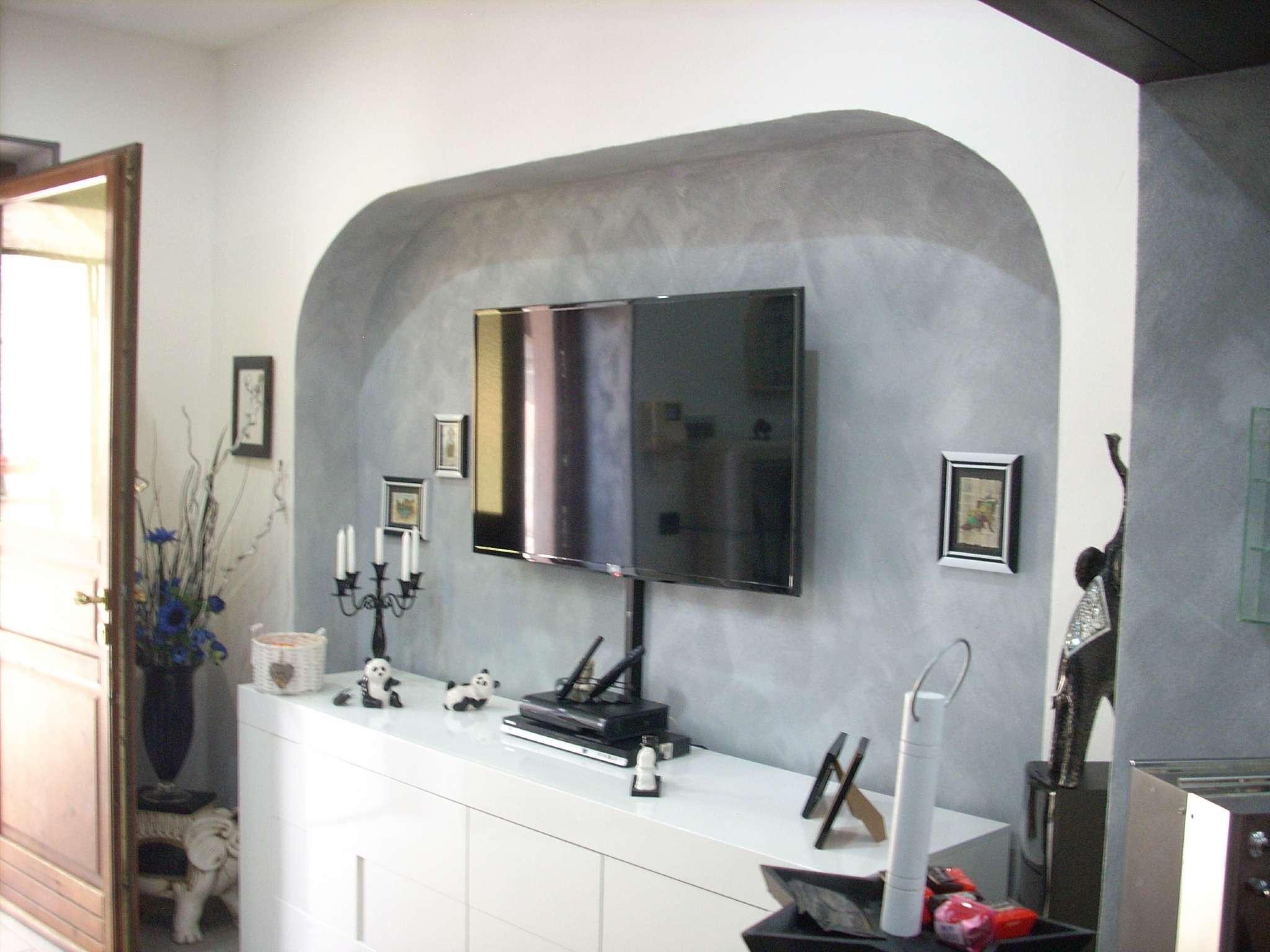Appartamento in vendita a Fontaneto d'Agogna, 3 locali, prezzo € 94.000 | CambioCasa.it