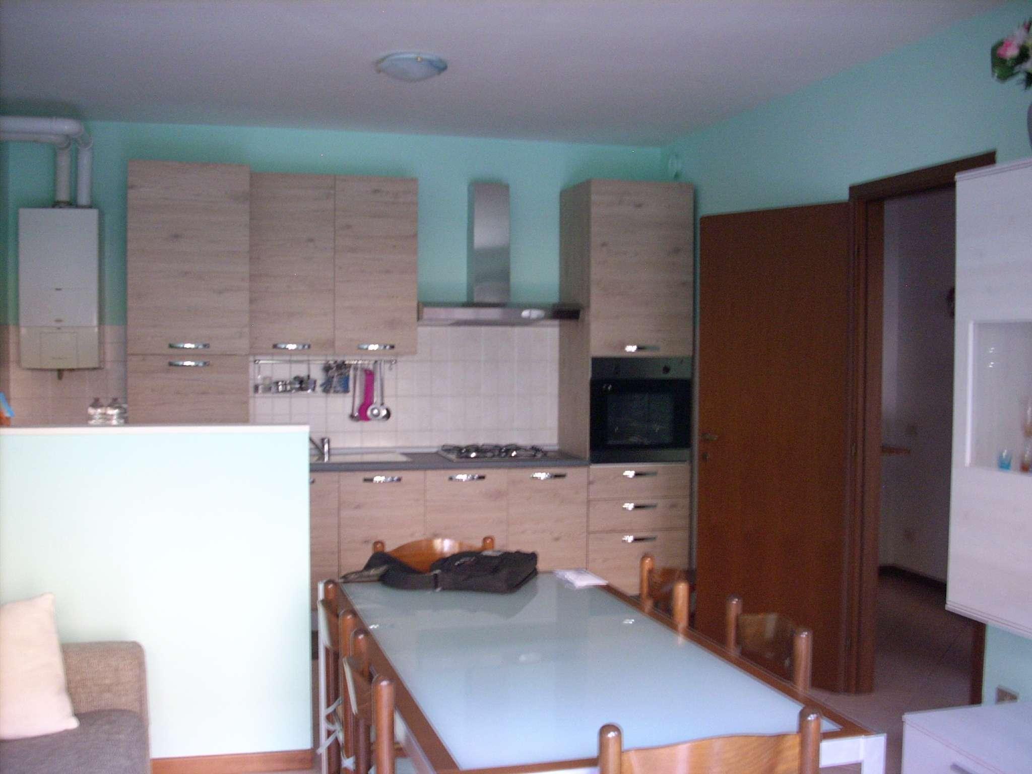 Appartamento in Vendita a Robecchetto con Induno