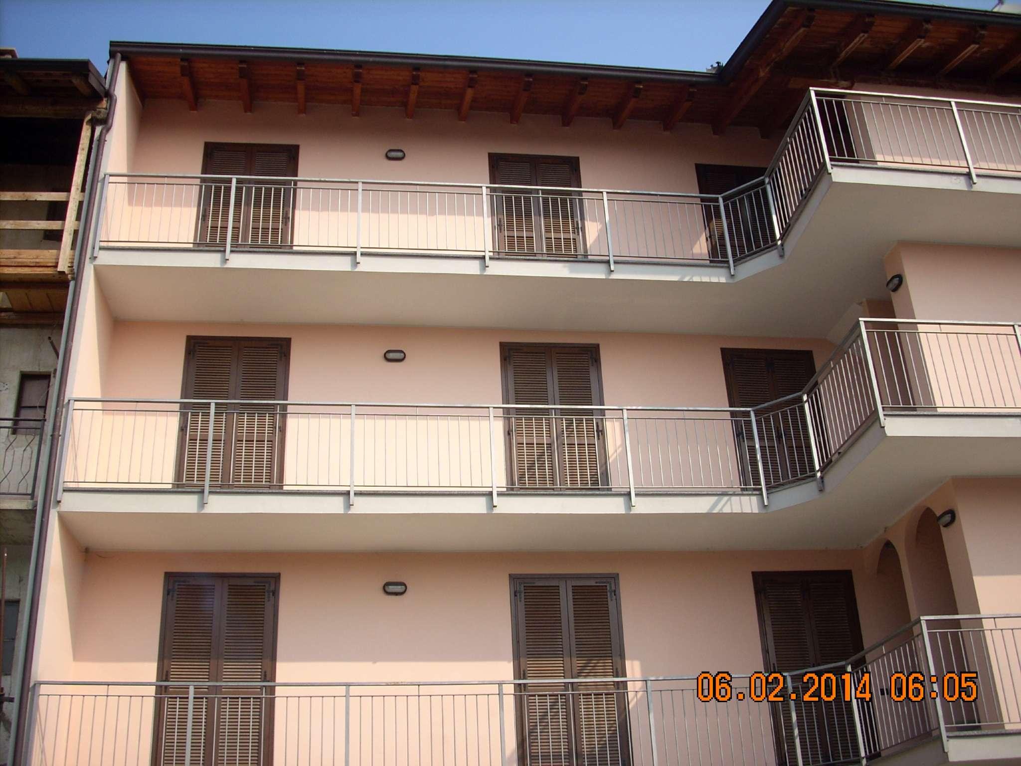 Appartamento in affitto a Fontaneto d'Agogna, 3 locali, prezzo € 300 | CambioCasa.it