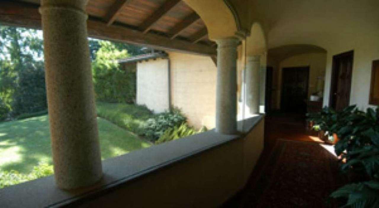 Villa in vendita a Solbiate Arno, 6 locali, prezzo € 1.850.000 | Cambio Casa.it