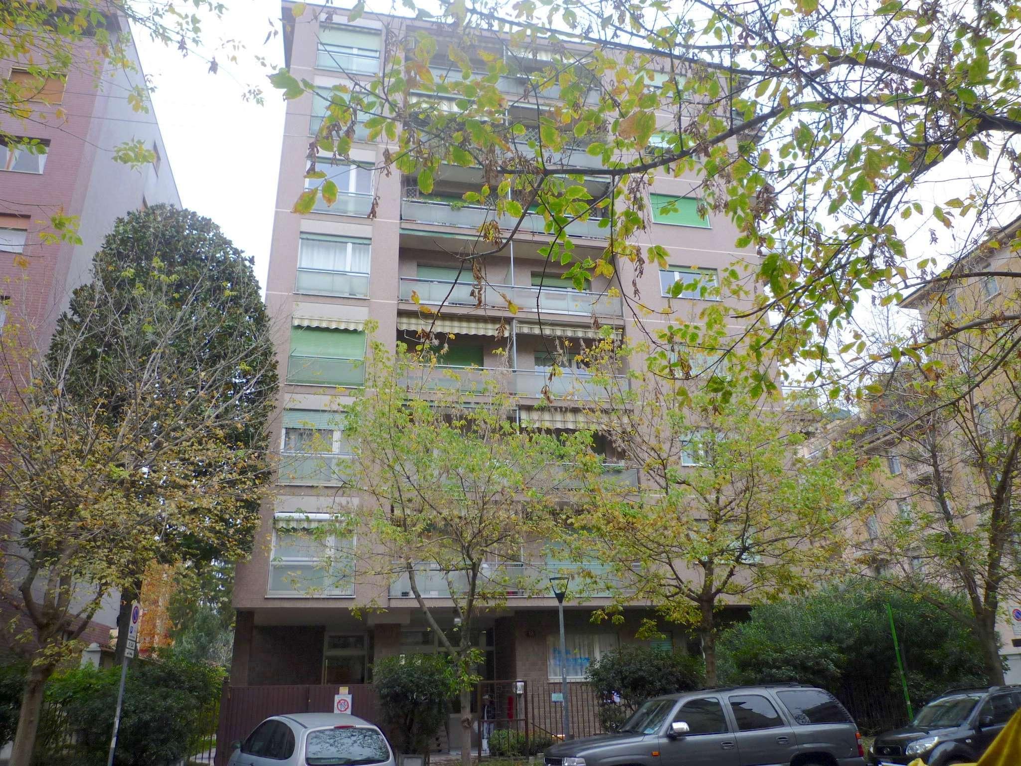 Appartamento in affitto a Milano, 3 locali, zona Zona: 12 . De Angeli, Vercelli, Washington, Sicilia, S. Michele del Carso, prezzo € 1.916 | CambioCasa.it
