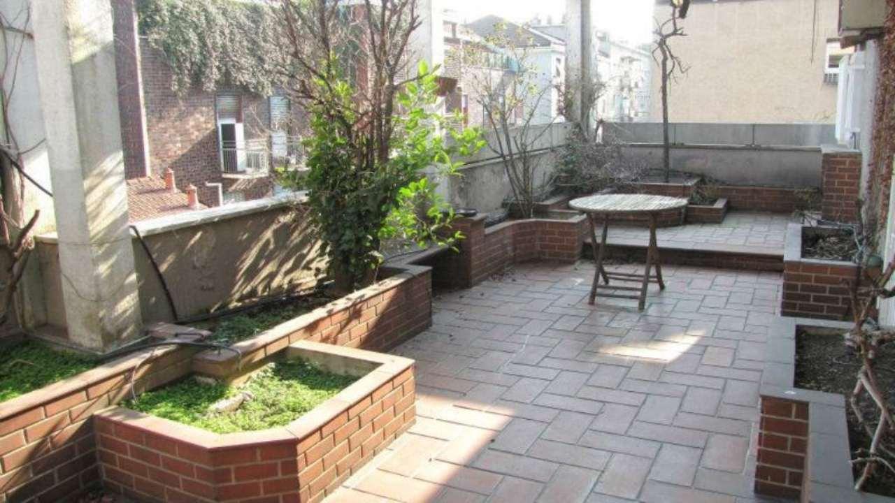 Appartamento in Vendita a Milano: 4 locali, 210 mq - Foto 2
