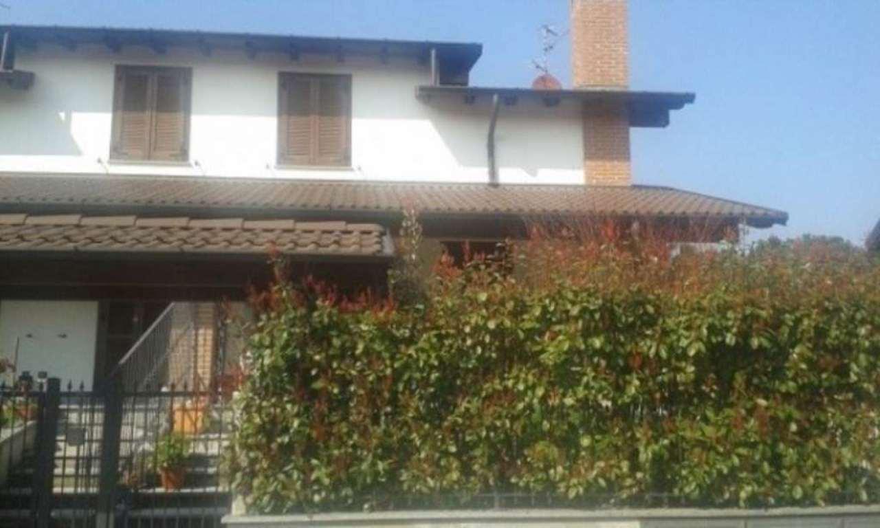Villa in vendita a Trivolzio, 5 locali, prezzo € 275.000 | Cambio Casa.it