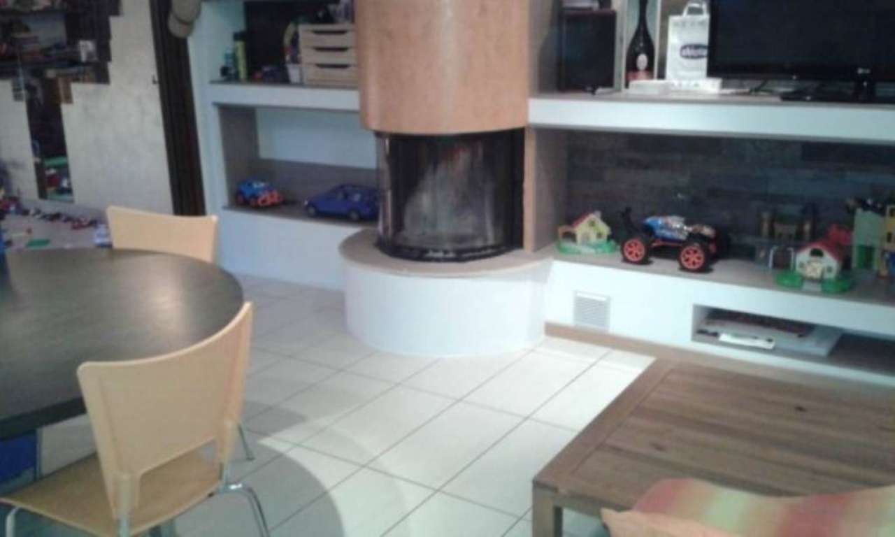 Appartamento in vendita a Trivolzio, 3 locali, prezzo € 149.000 | Cambio Casa.it