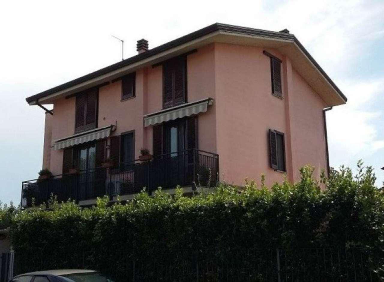 Appartamento in vendita a Bereguardo, 3 locali, prezzo € 129.000 | Cambio Casa.it