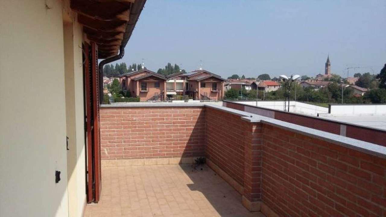 Appartamento in affitto a Trivolzio, 2 locali, prezzo € 500 | Cambio Casa.it