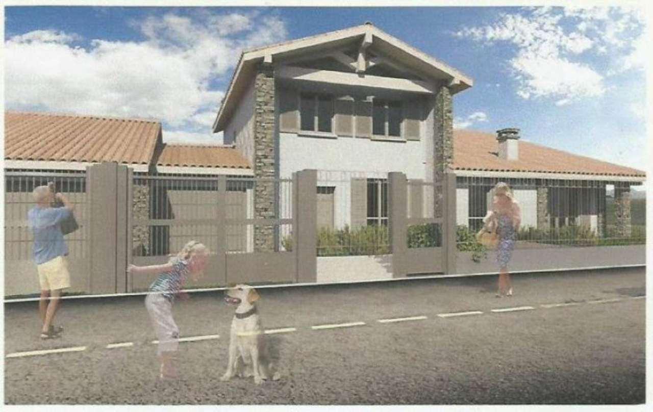 Villa Tri-Quadrifamiliare in Vendita a Casorate Primo