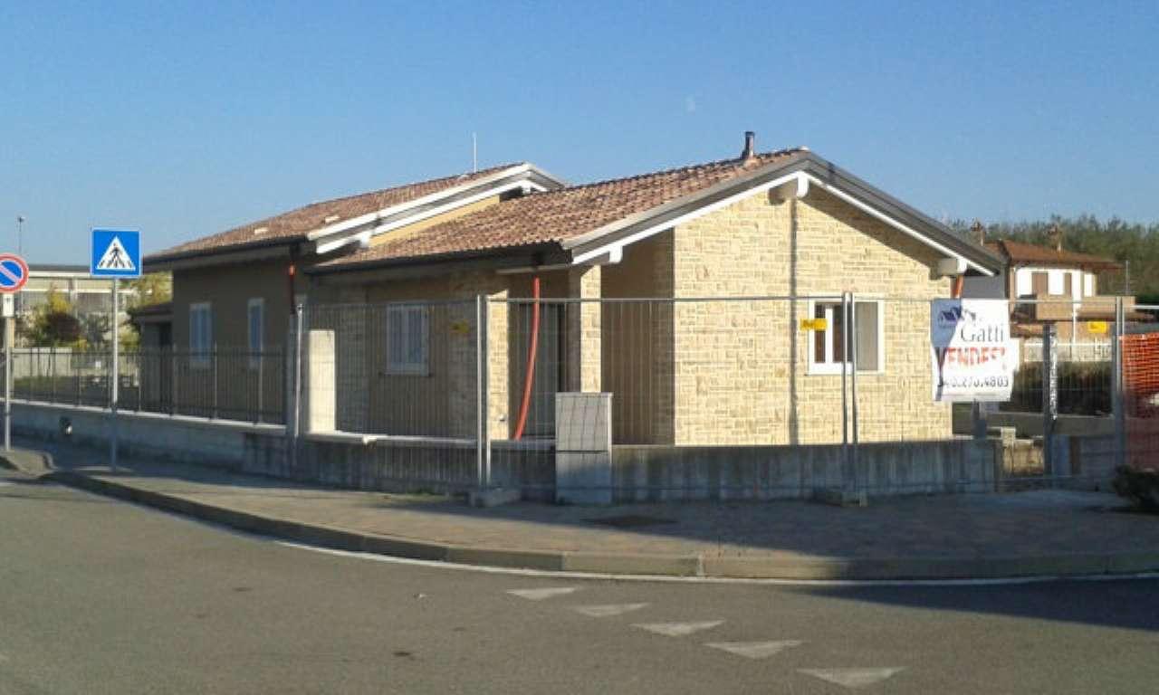 Villa in vendita a San Genesio ed Uniti, 4 locali, prezzo € 210.000 | Cambio Casa.it