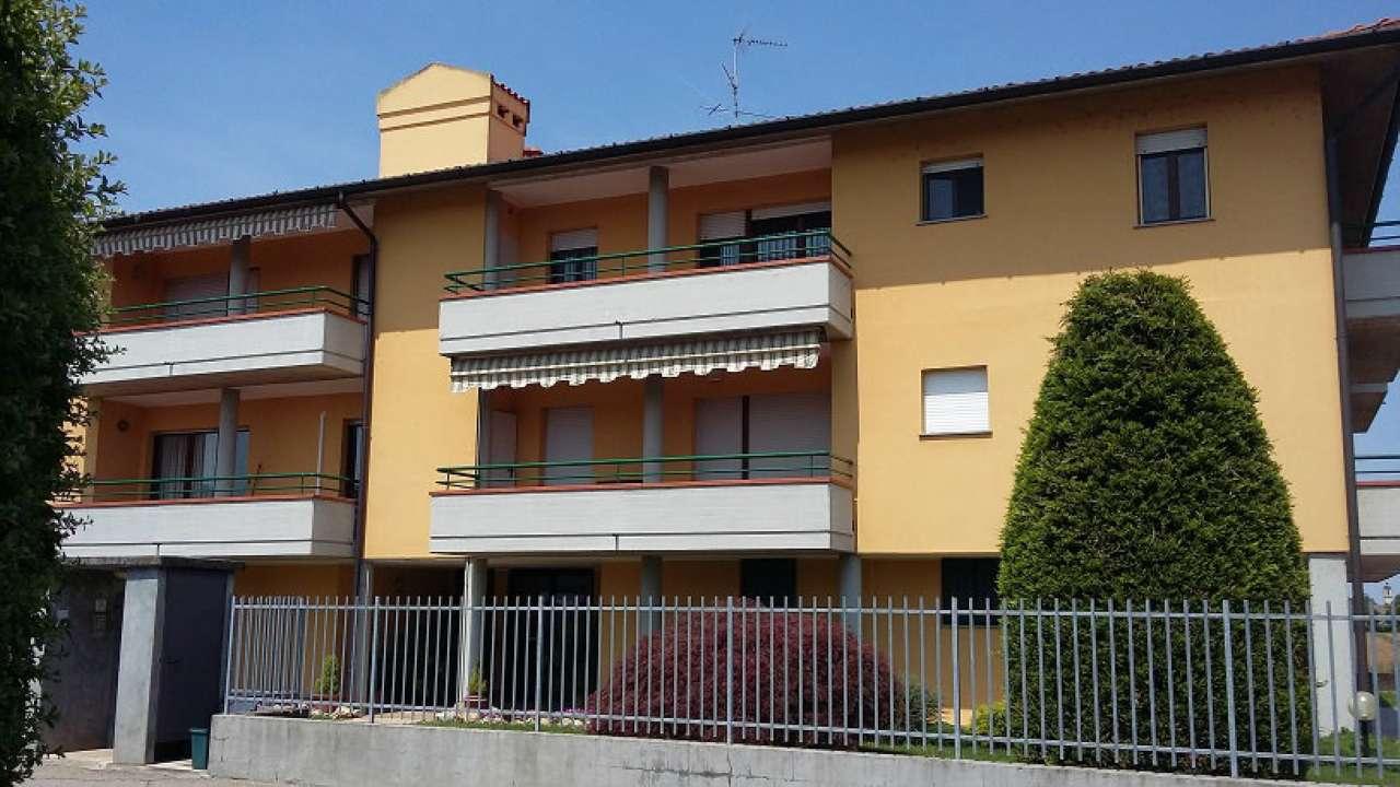 Appartamento in affitto a Besate, 3 locali, prezzo € 500 | CambioCasa.it