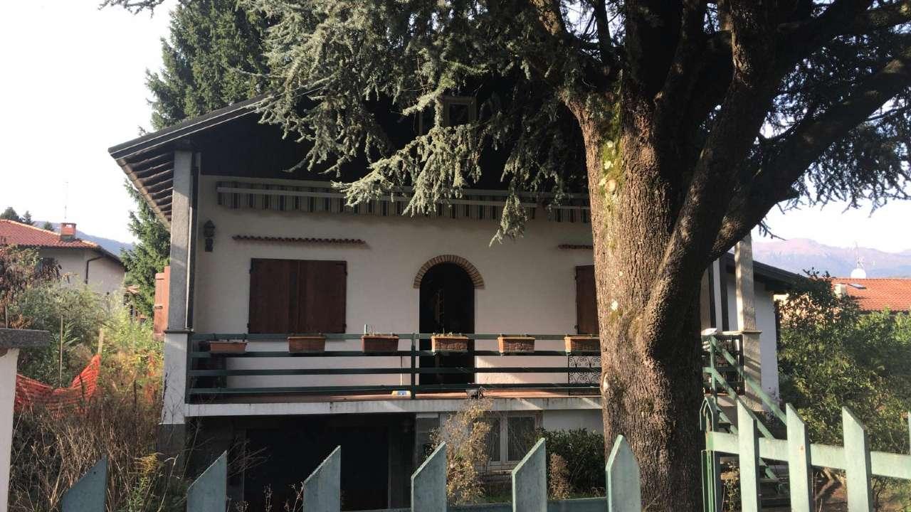 Lavena Ponte Tresa Affitto VILLA Immagine 1