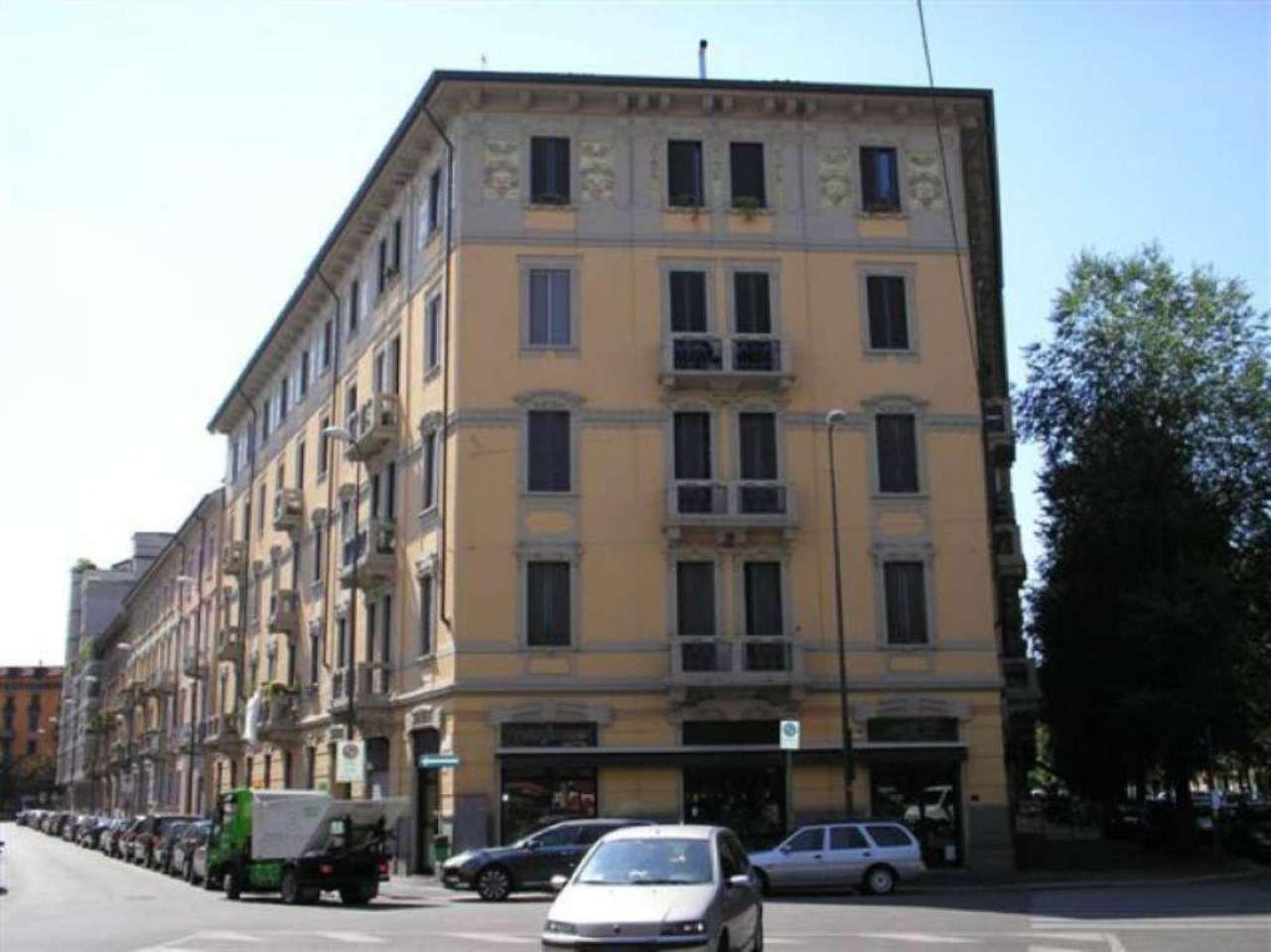 Bilocale Milano Via Crema 1