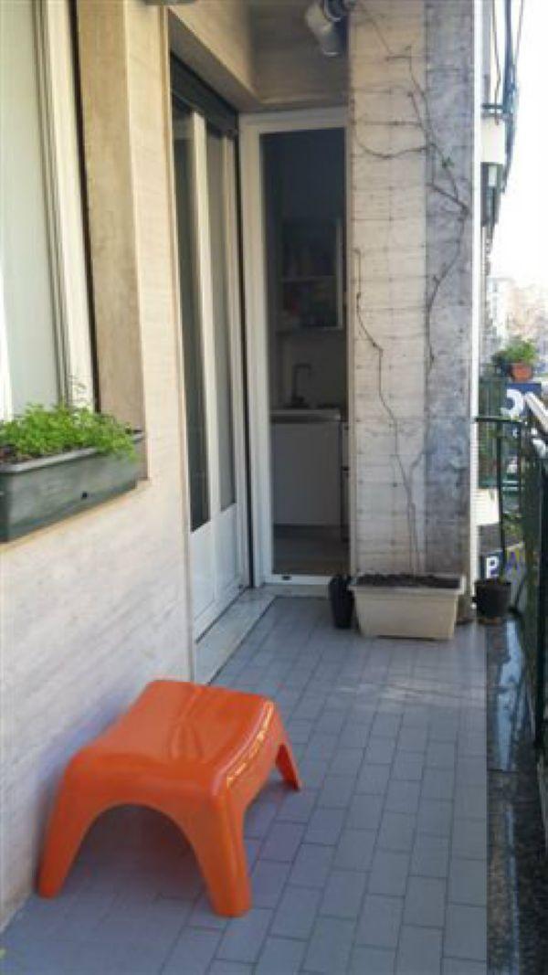 Bilocale Milano Via Bronzino 10