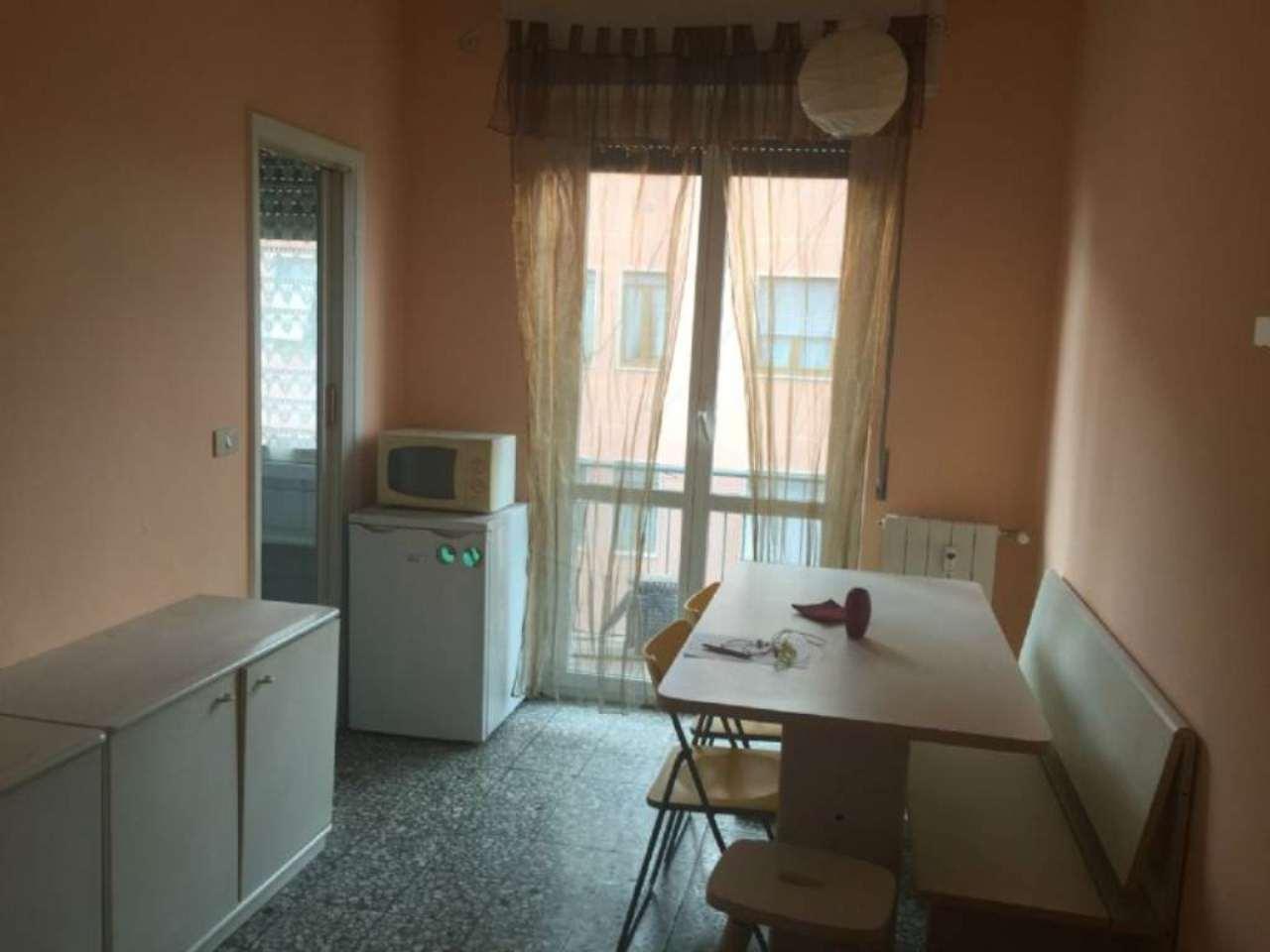 Bilocale Milano Via Palmanova 4