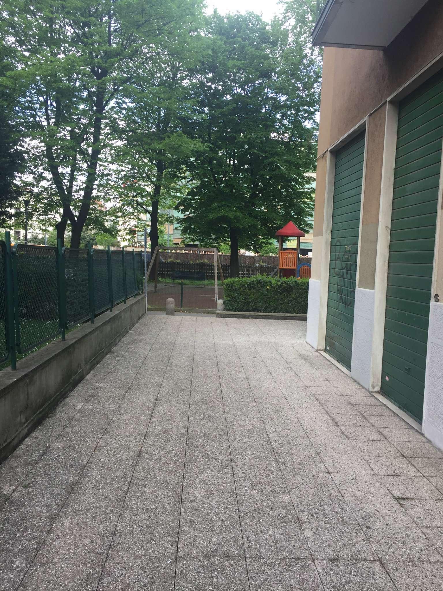 Bilocale Milano Via Palmanova 8