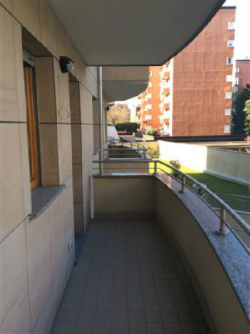 Bilocale Milano Via Candoglia 7