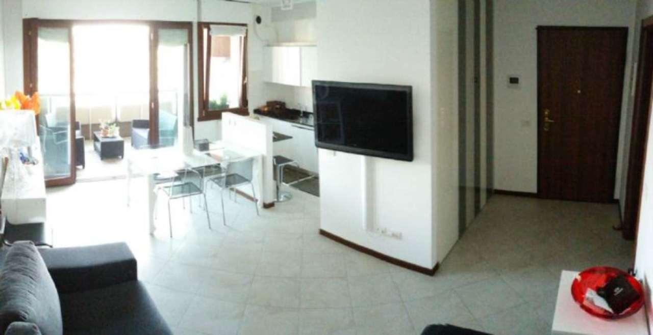 Appartamento in vendita a Rozzano, 2 locali, prezzo € 195.000 | Cambio Casa.it