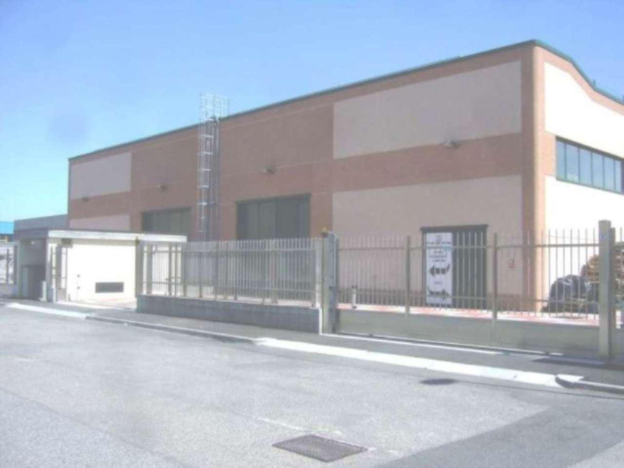 Capannone in affitto a Lacchiarella, 1 locali, prezzo € 4.833 | Cambio Casa.it