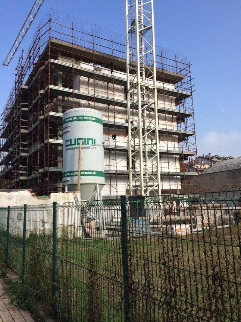Appartamento in vendita a Rozzano, 3 locali, prezzo € 273.000 | Cambio Casa.it