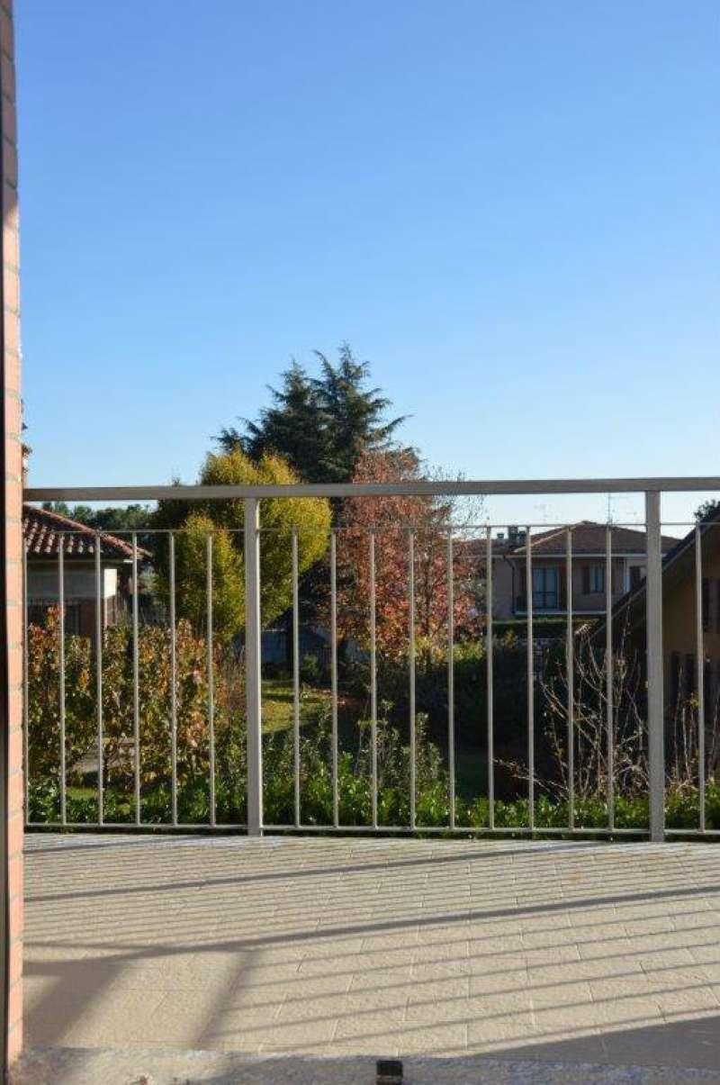Appartamento in vendita a Siziano, 3 locali, prezzo € 144.000 | Cambio Casa.it